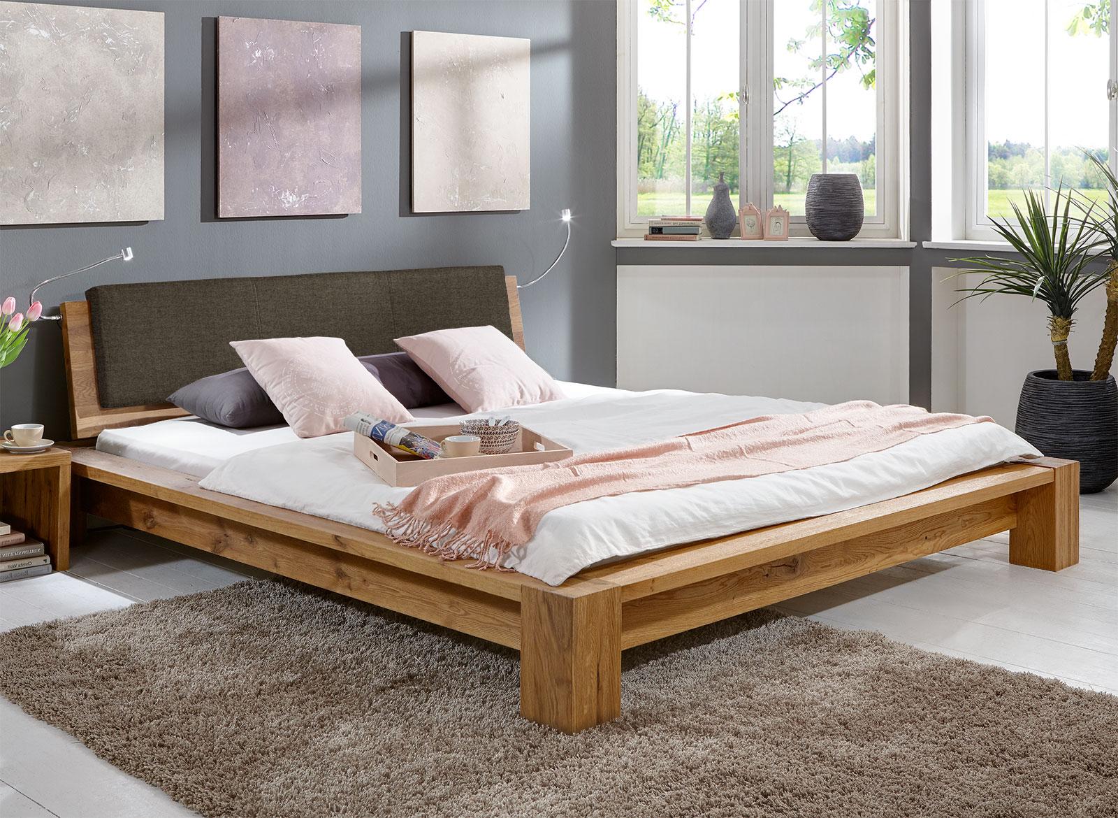 Bett 2x2 Meter : massivholz bett aus ge lter wildeiche z b 180x200 domingo ~ Yuntae.com Dekorationen Ideen