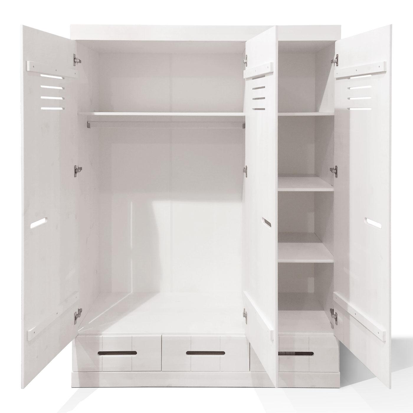 kleiderschrank f r das jugendzimmer kiefer massiv derby. Black Bedroom Furniture Sets. Home Design Ideas