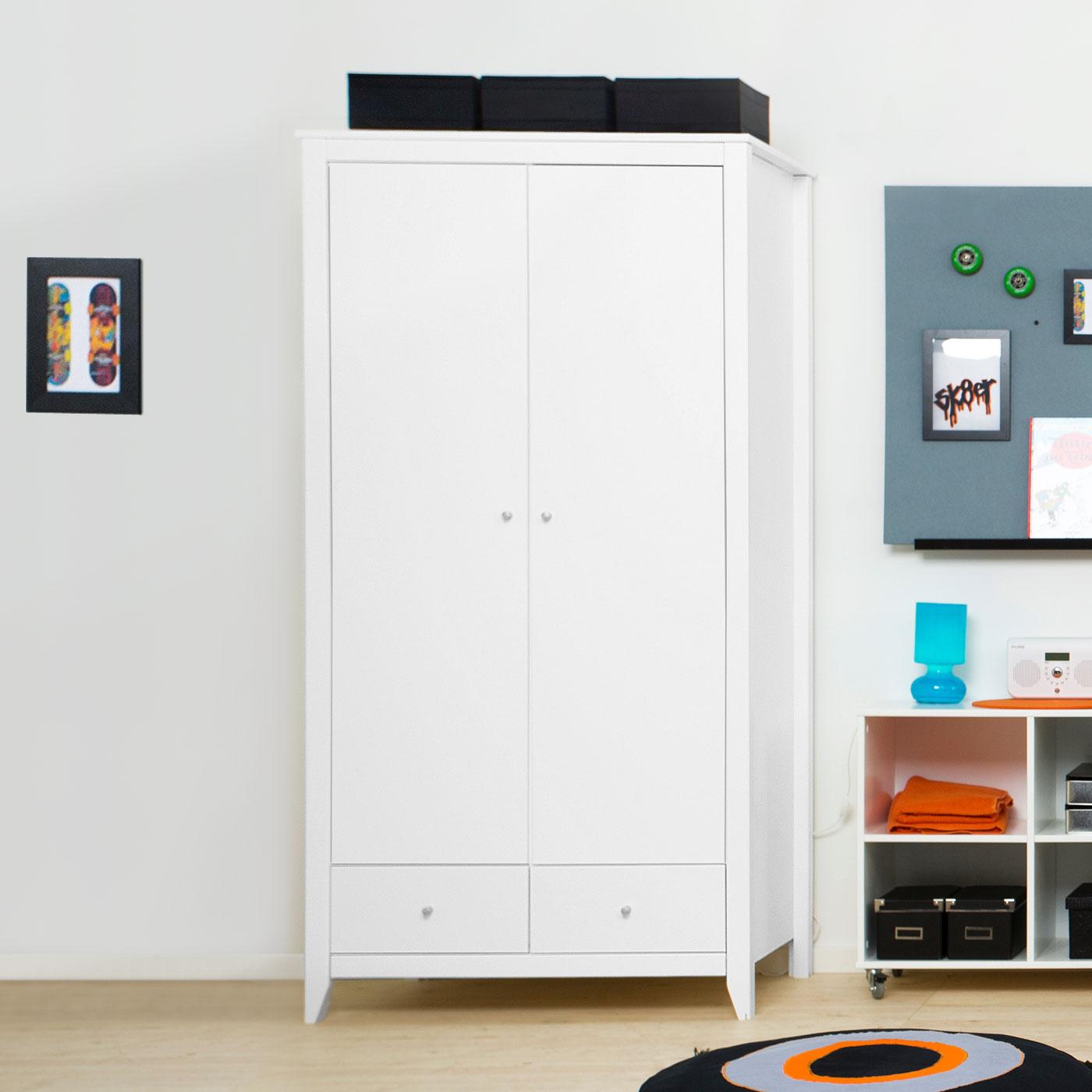fein kleiderschrank schmal fotos die kinderzimmer design ideen. Black Bedroom Furniture Sets. Home Design Ideas