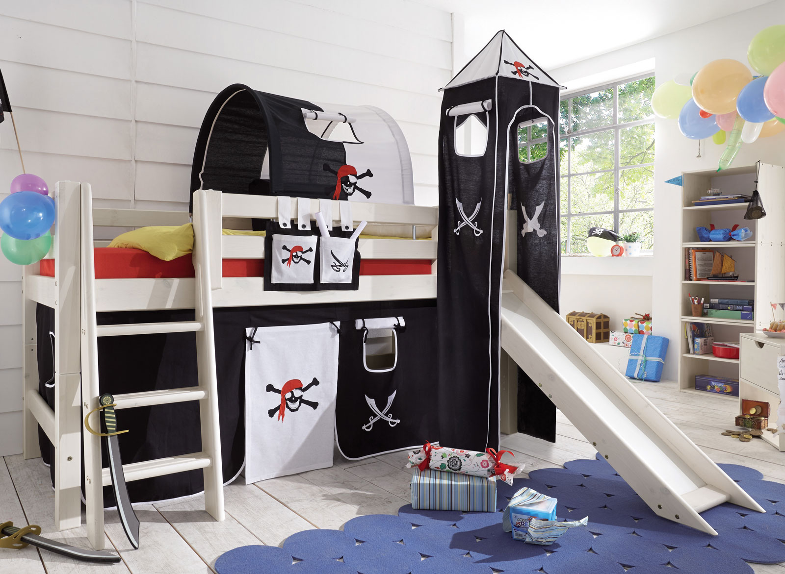 Piraten Mini-Hochbett mit Rutsche kaufen - Seeräuber   BETTEN.at