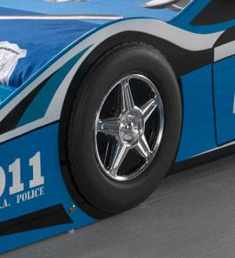 Autobett Blue Light mit feststehenden Reifen