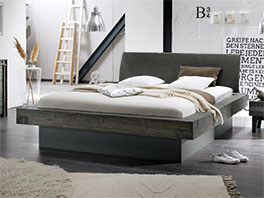 Hochwertiges und massives Bett Romero