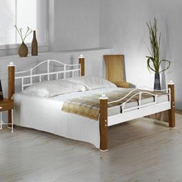 Bett Sinja mit lackiertem Metall