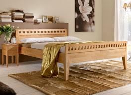 Bett Wallis aus geöltem Buchenholz