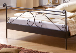 Das Fußende des Doppelbettes Cerete