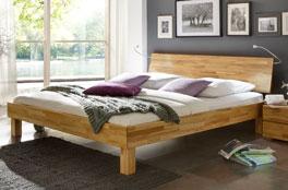 Doppelbett Riga aus robustem Holz