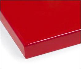 Farbmuster für Kinderbetten mit roter Lackierung