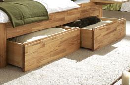Die Schubkästern der Holzliege Andalucia bieten zusätzlichen Platz