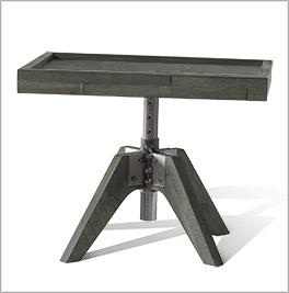 Praktischer Nachttisch Molina mit großer Ablagefläche