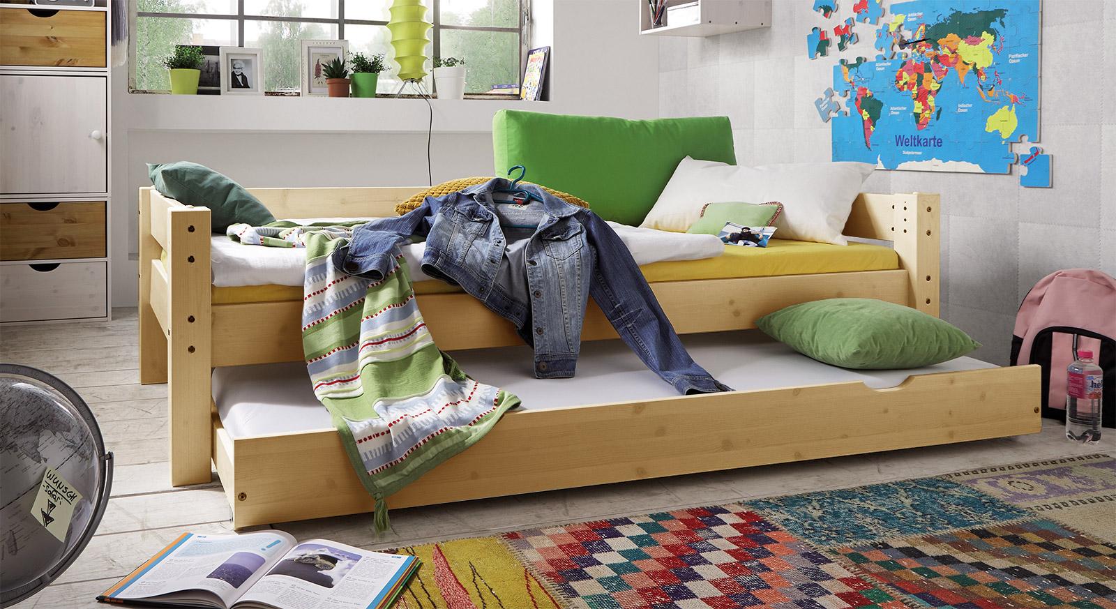 Ausziehbett Kids Dreams in Kiefer natur lackiert