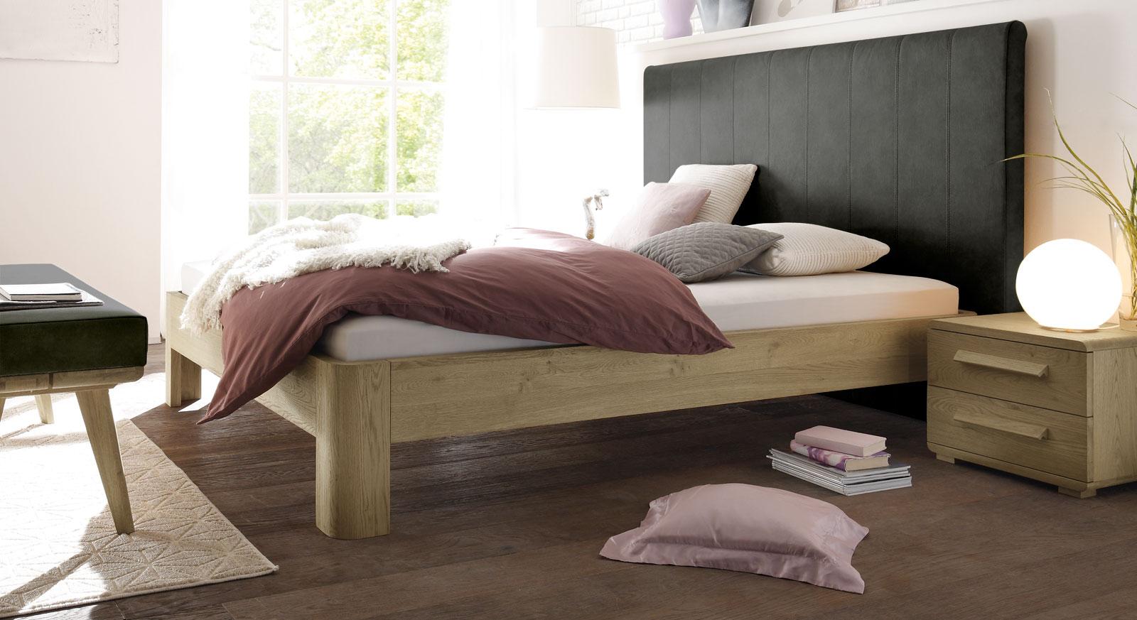 Bett Banco aus anthrazitfarbenem Kunstleder und Eiche