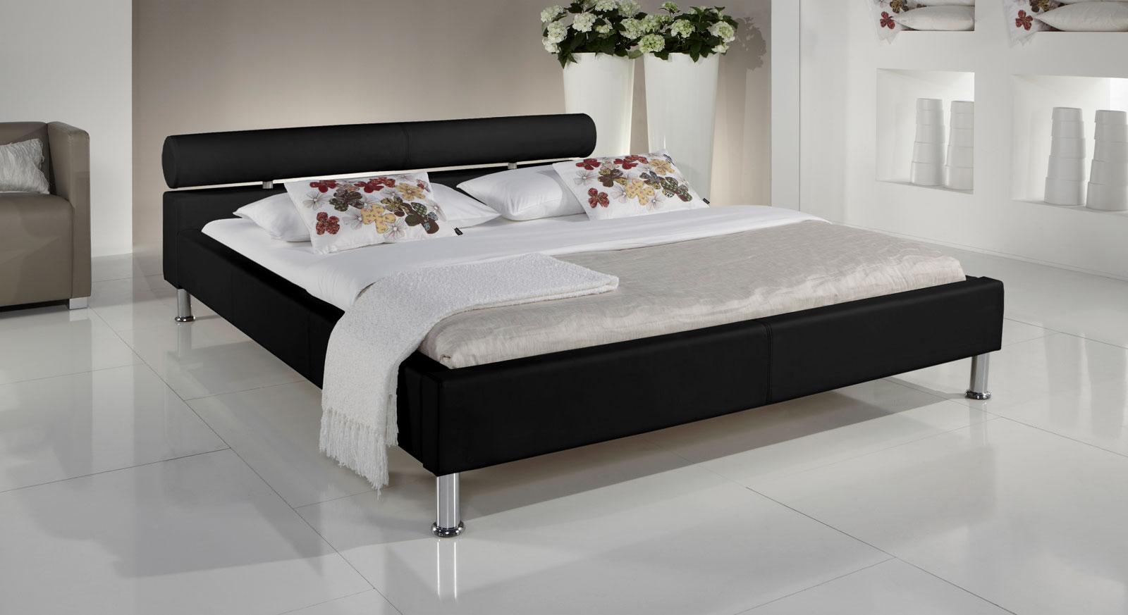 Bett Cambridge mit schwarzem Kunstlederbezug