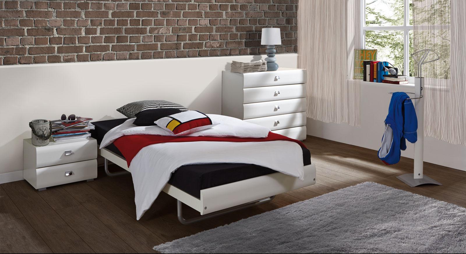 Bett Celaya mit passenden Produkten