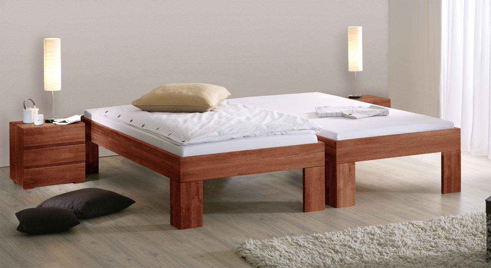 Bett Lucca Komfort mit der Fusshöhe 30cm in Kirschbaum.