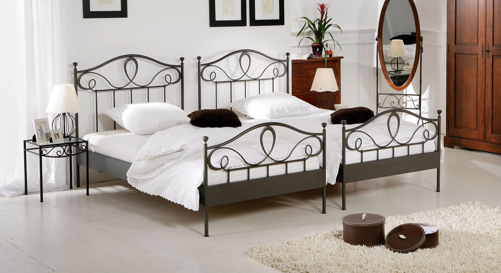 Bezaubernd Bett Romantisch Galerie Von Zwei Schmale Bettgestelle Nebeneinander Können Als Stilvolles