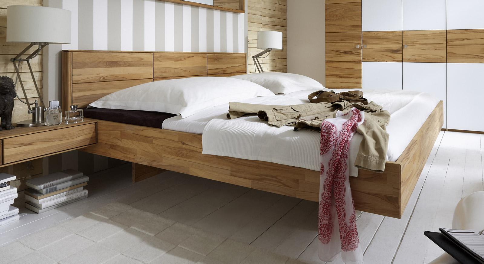 massivholzbett schwebend aus kernbuche rosso. Black Bedroom Furniture Sets. Home Design Ideas
