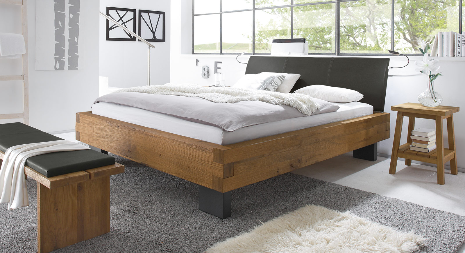 Modernes Doppelbett Leros in Wildeiche natur
