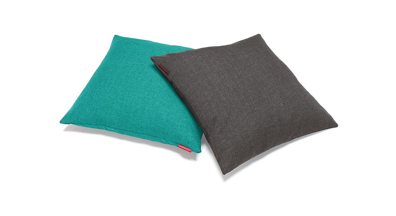 Quadratisches Kissen für Schlafsofas in vielen Farben