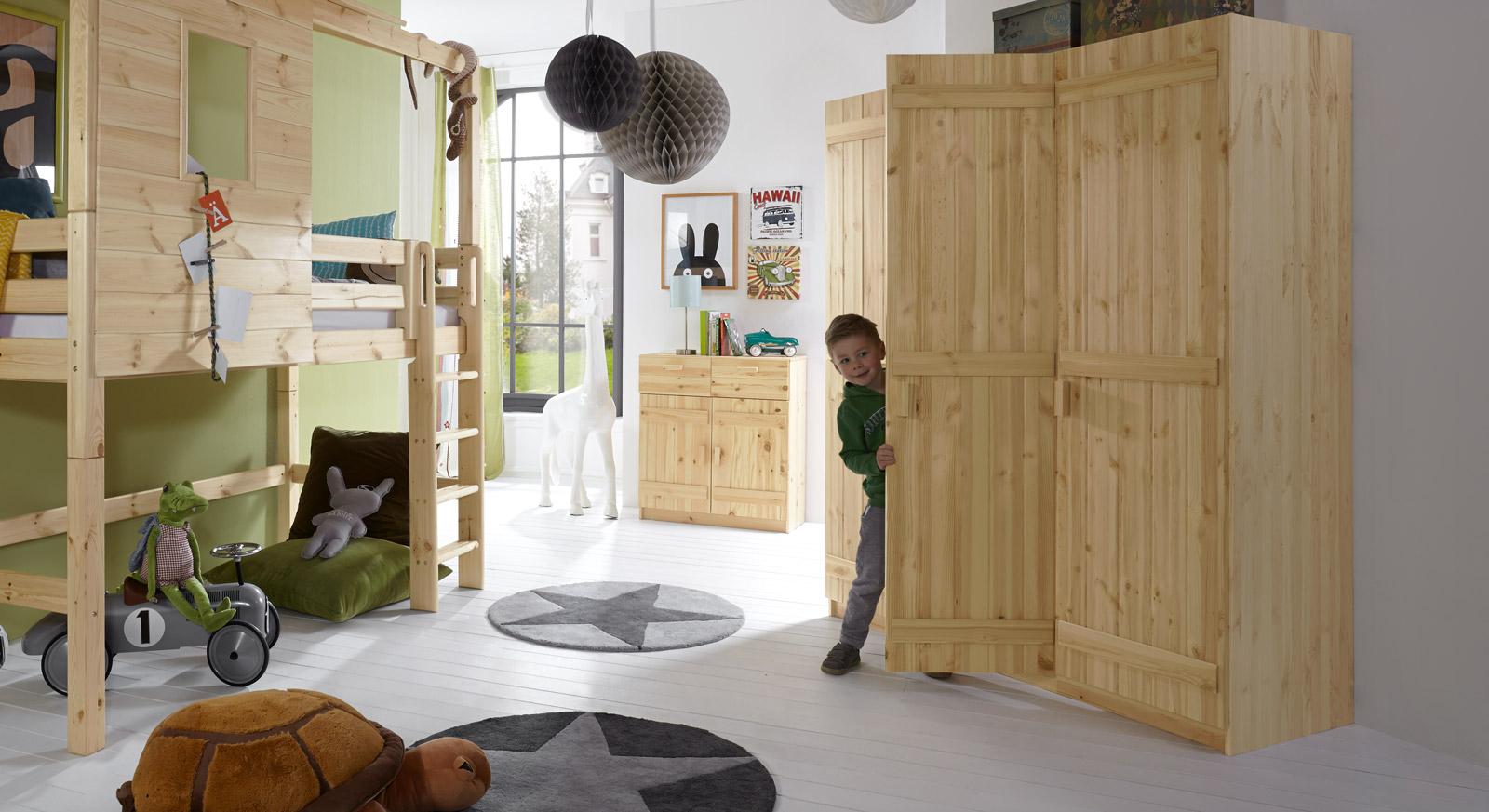 Stabiler Kleiderschrank Kids Paradise aus Massivholz
