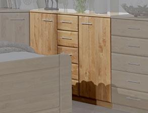 schwebet renschrank in erle mit spiegel und beleuchtung ageo. Black Bedroom Furniture Sets. Home Design Ideas