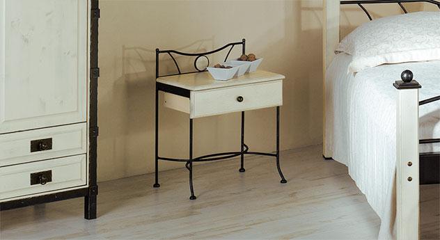 schubladen nachttisch aus eichenholz und metall lavia. Black Bedroom Furniture Sets. Home Design Ideas