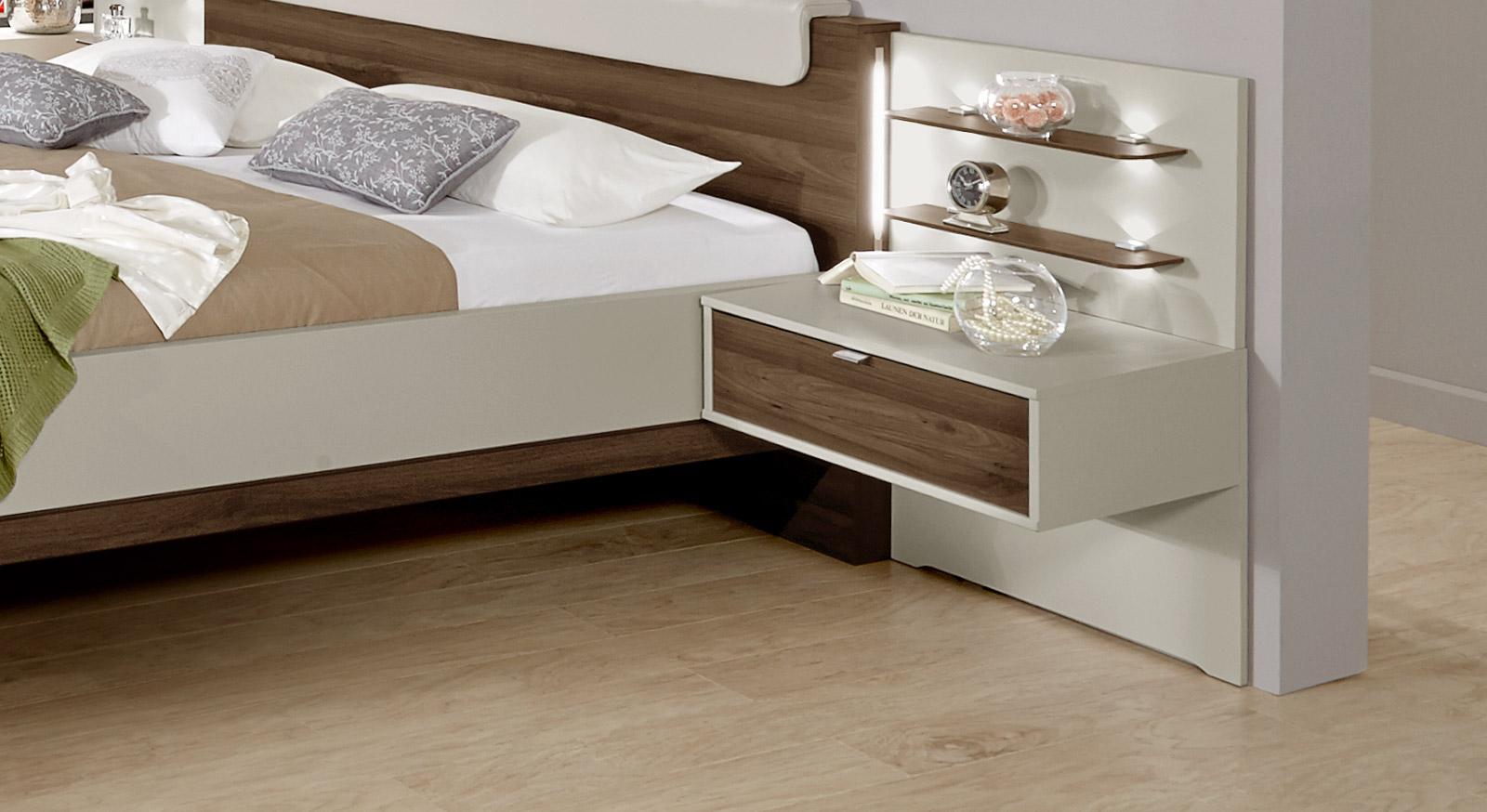 Nachttisch Patiala mit einer Schublade und Wandpaneel