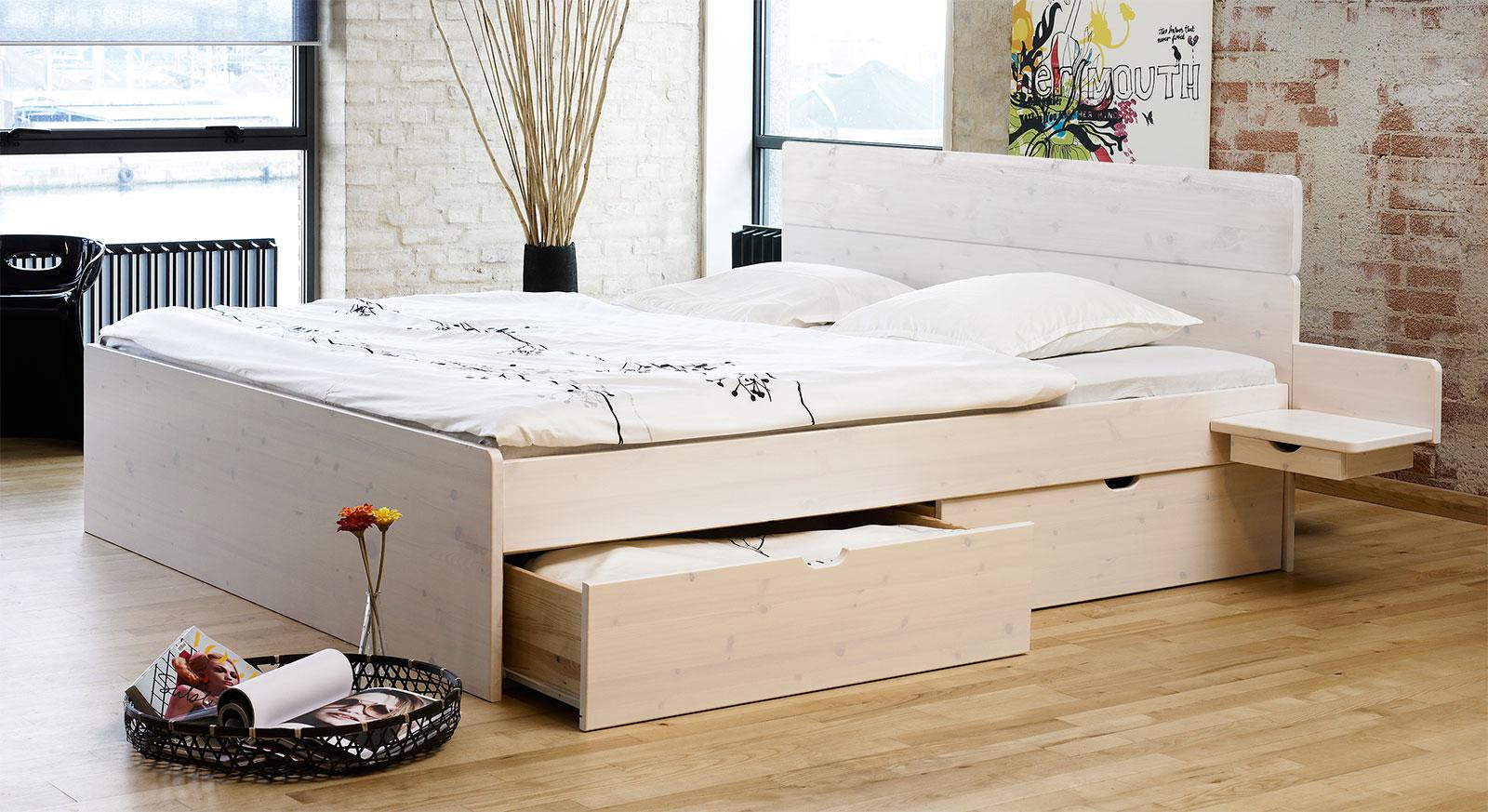 Schubkastenbett Finnland aus weißem Kiefernholz