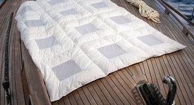 Leichte Sommer-Bettdecke