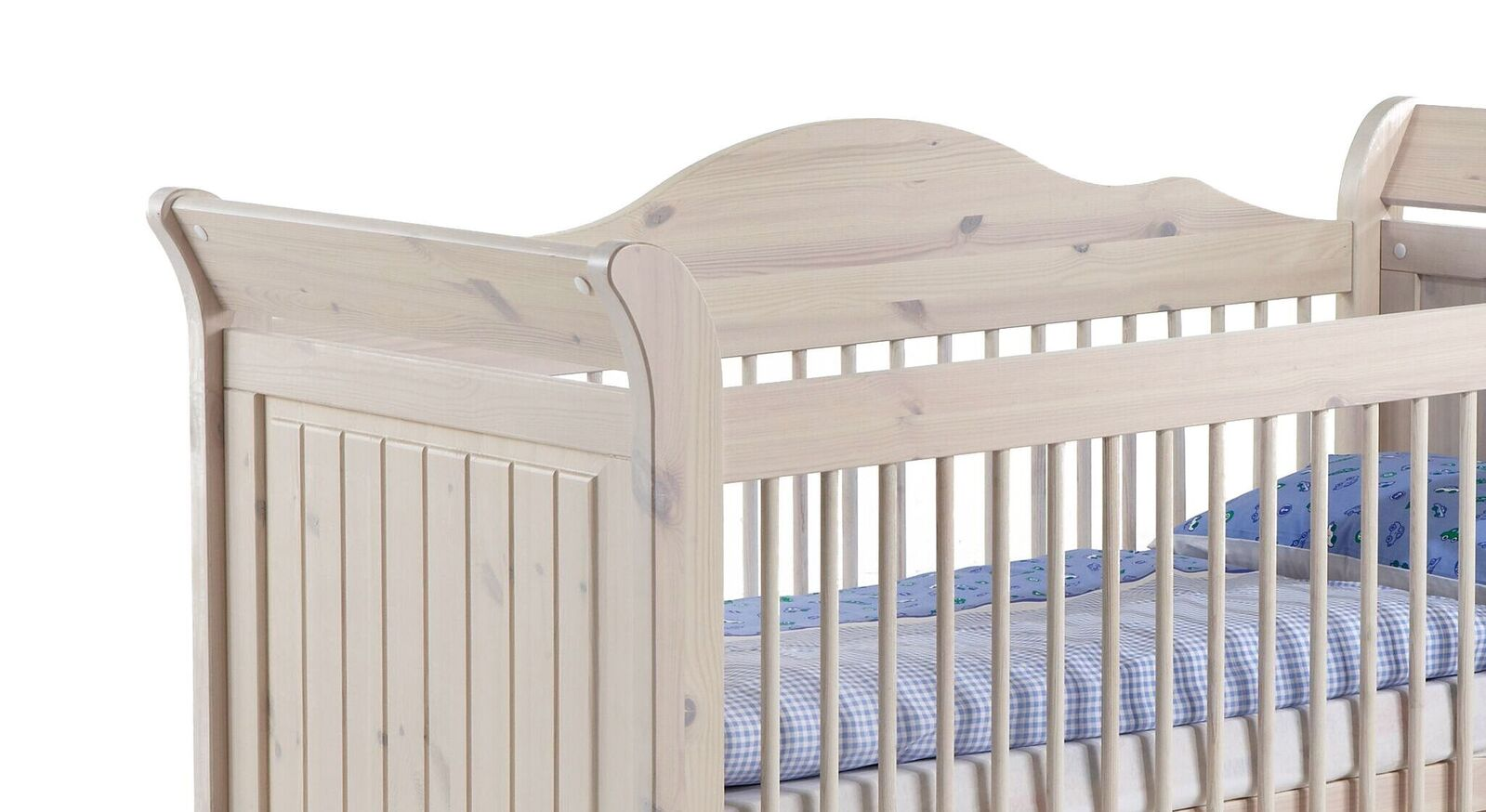 Babybett Nela aus weiß lasiertem Kiefernholz