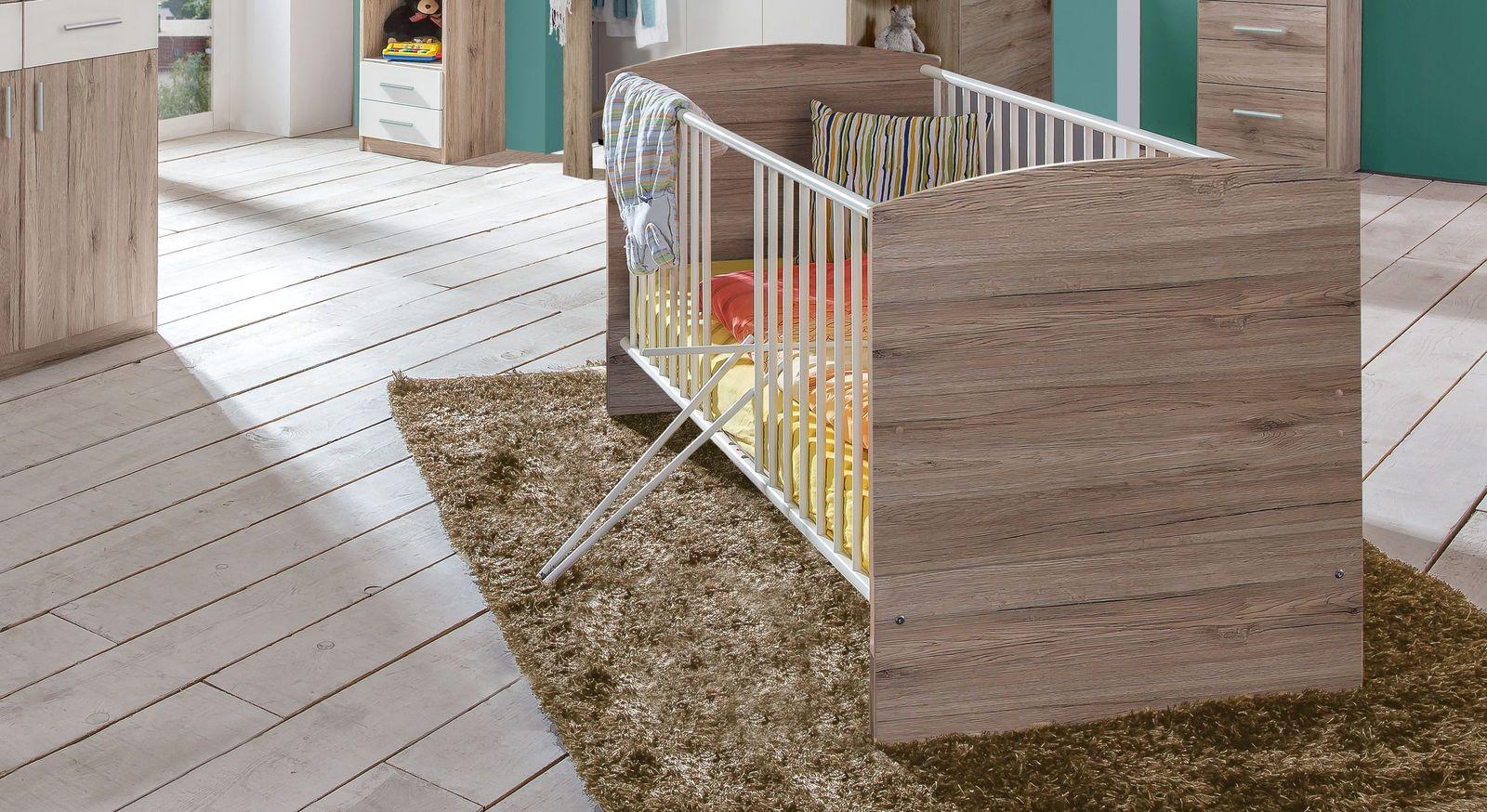 Babybett Zagra mit praktischen Schlupfsprossen