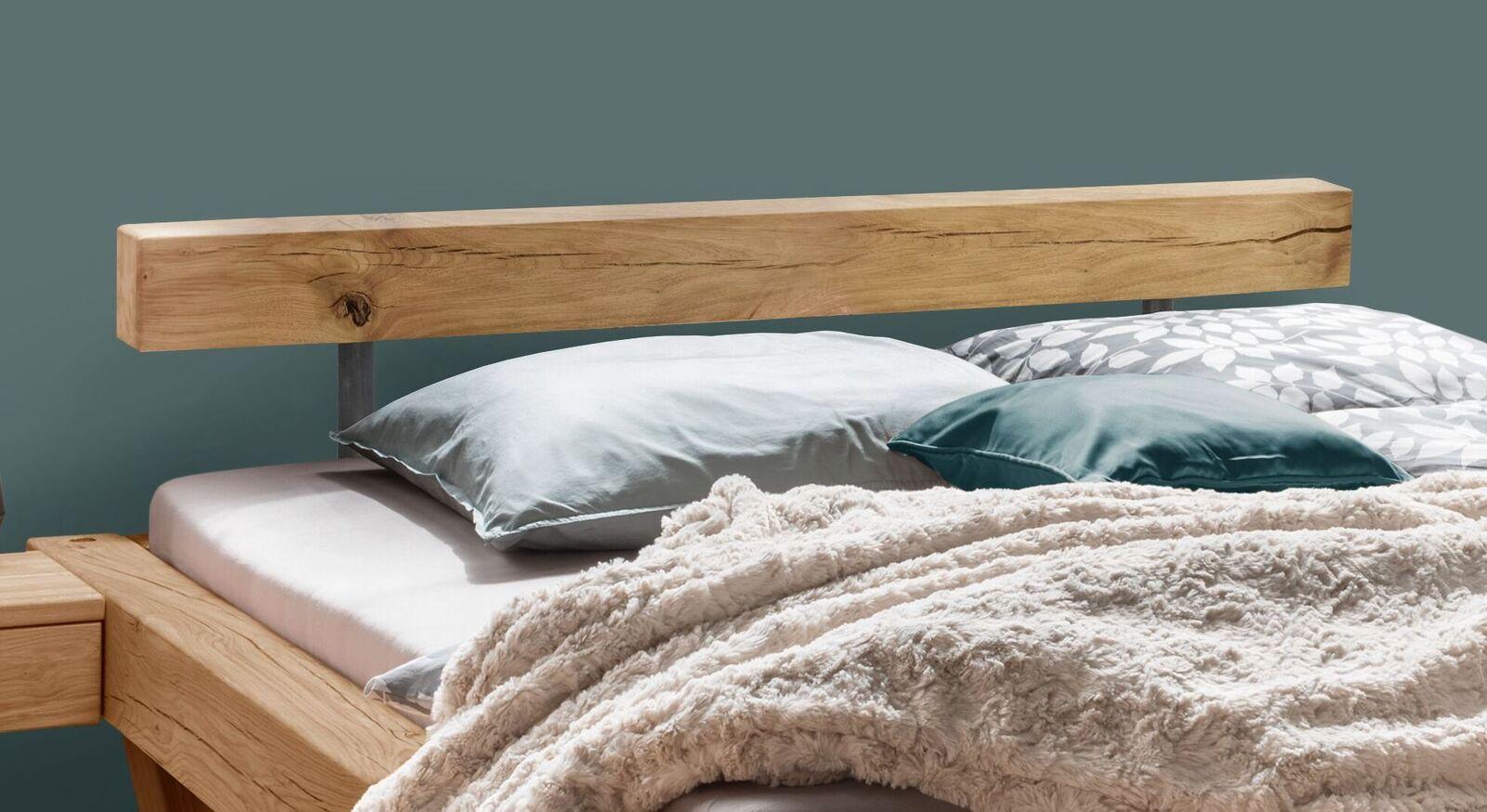 Balkenbett Maramis mit niedrigem Kopfteil