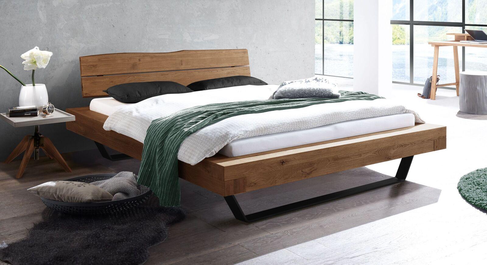 Trendiges Bett Antero im Industrial Style