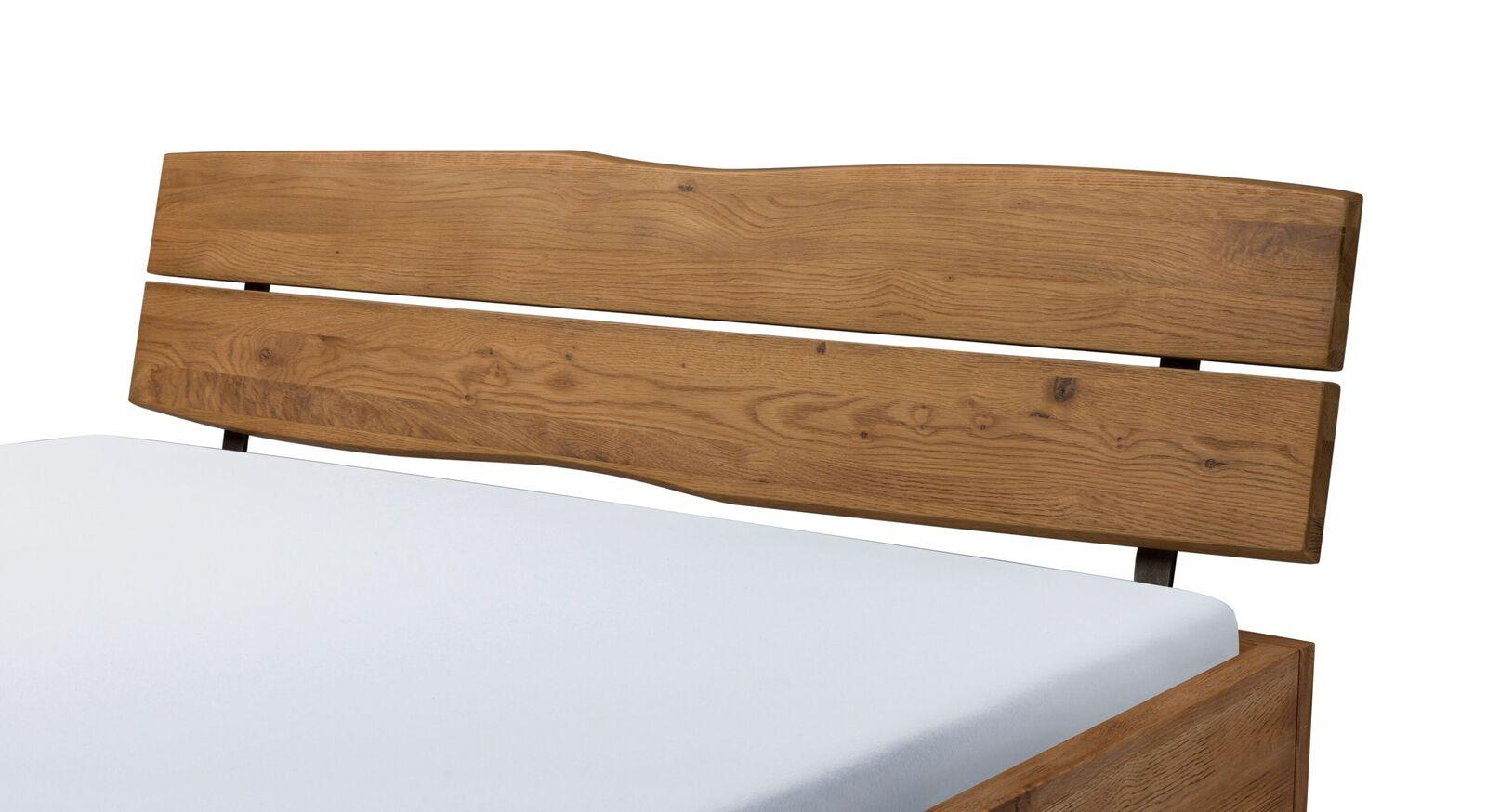Bett Antero mit trendigem Baumkanten-Kopfteil