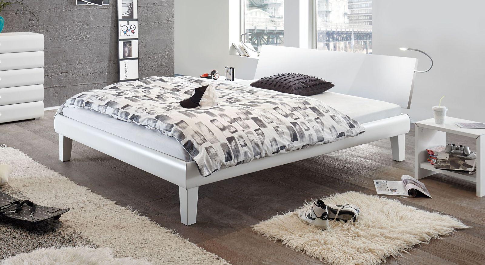 Bett Arona mit weißer MDF-Oberfläche