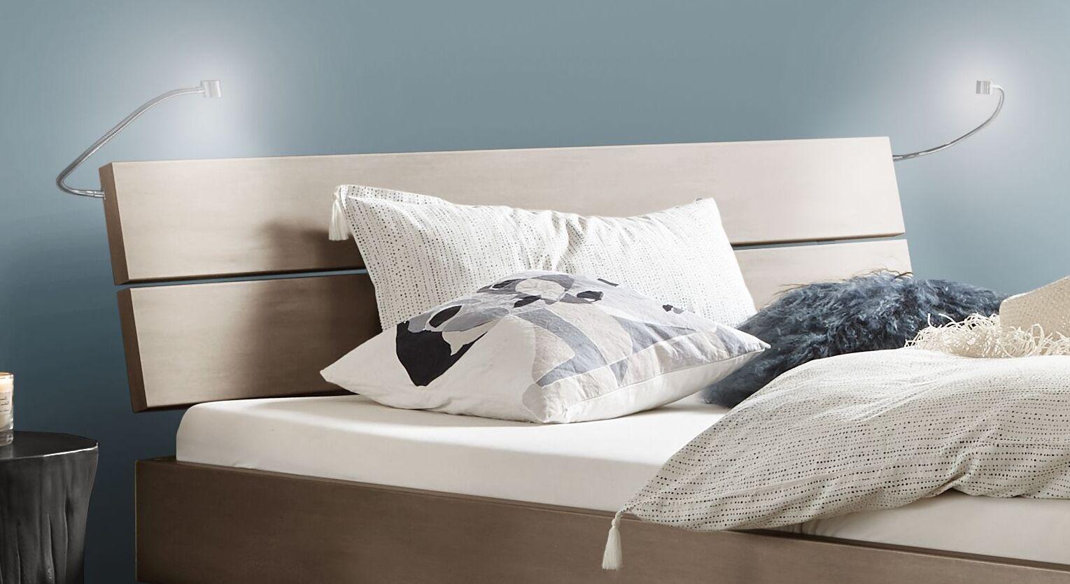Bett Asuka mit zweigeteiltem Kopfteil