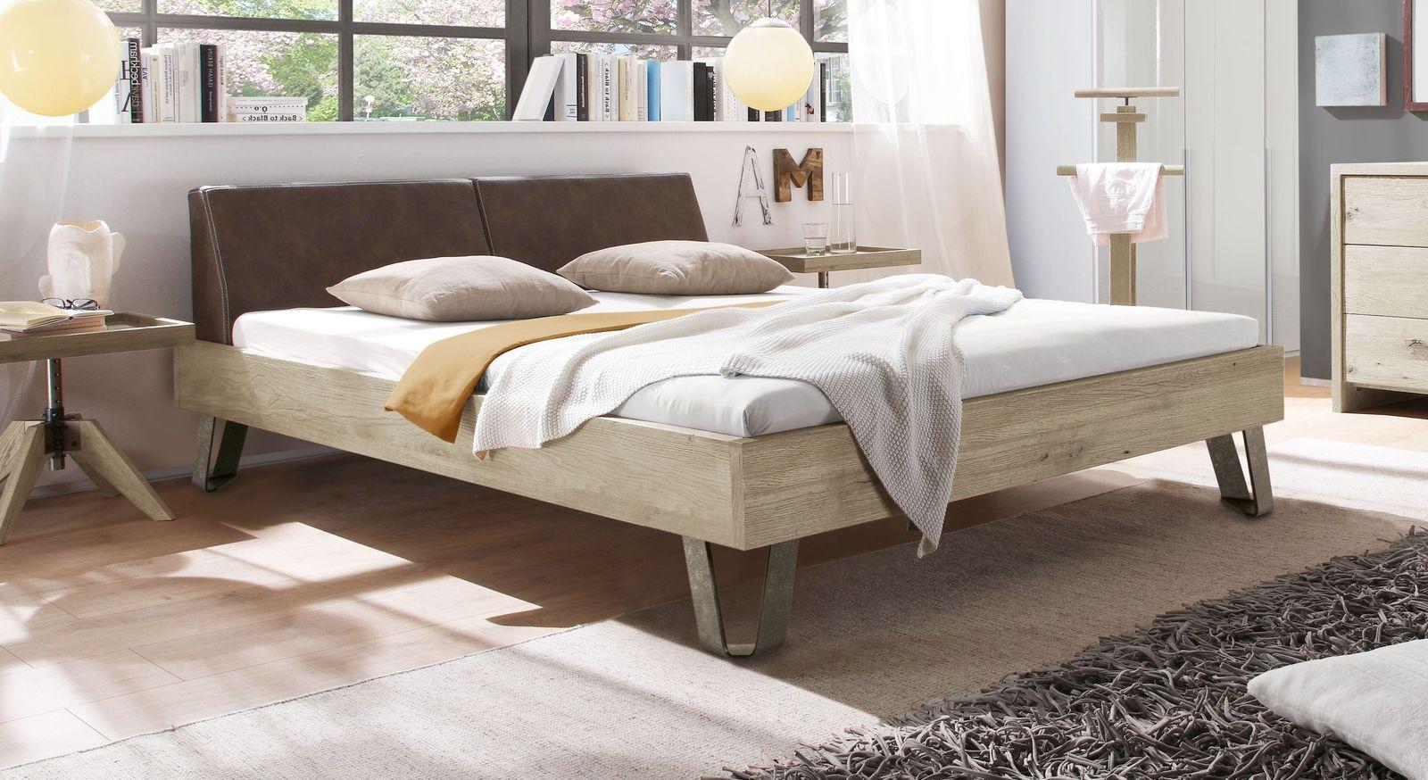 Bett Aveiros aus weißer Wildeiche