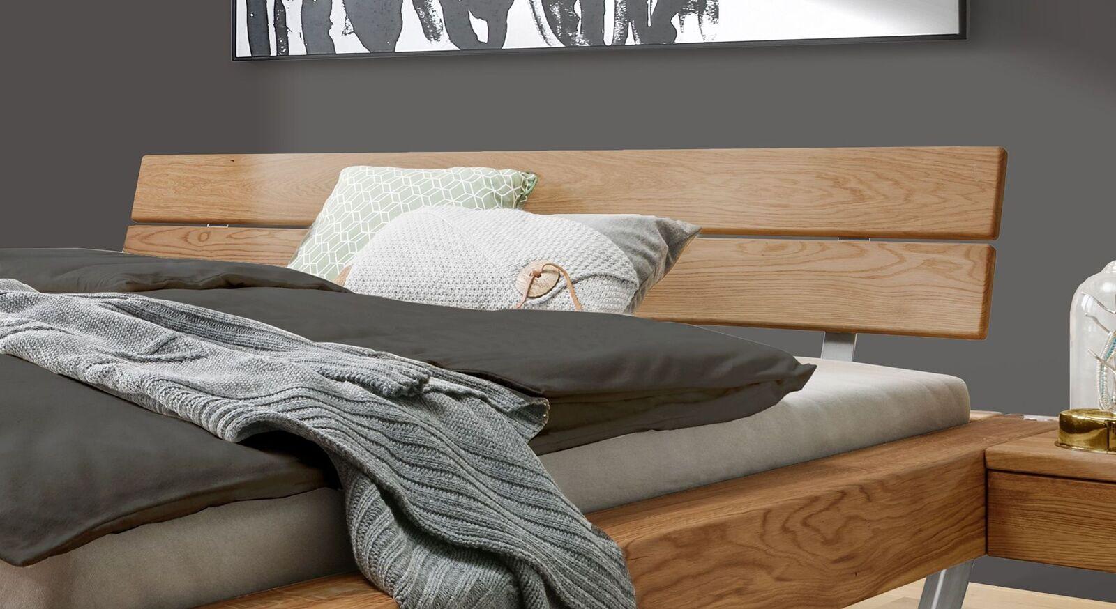 Bett Borka mit geteiltem Holzkopfteil