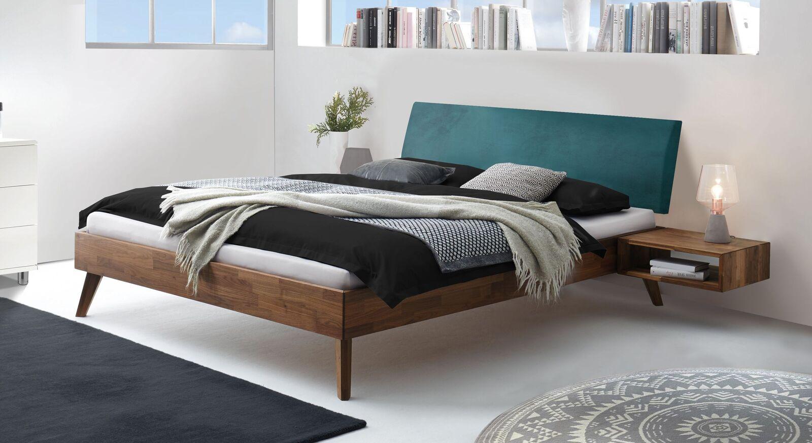 Bett Cailin aus Nussbaum-Holz