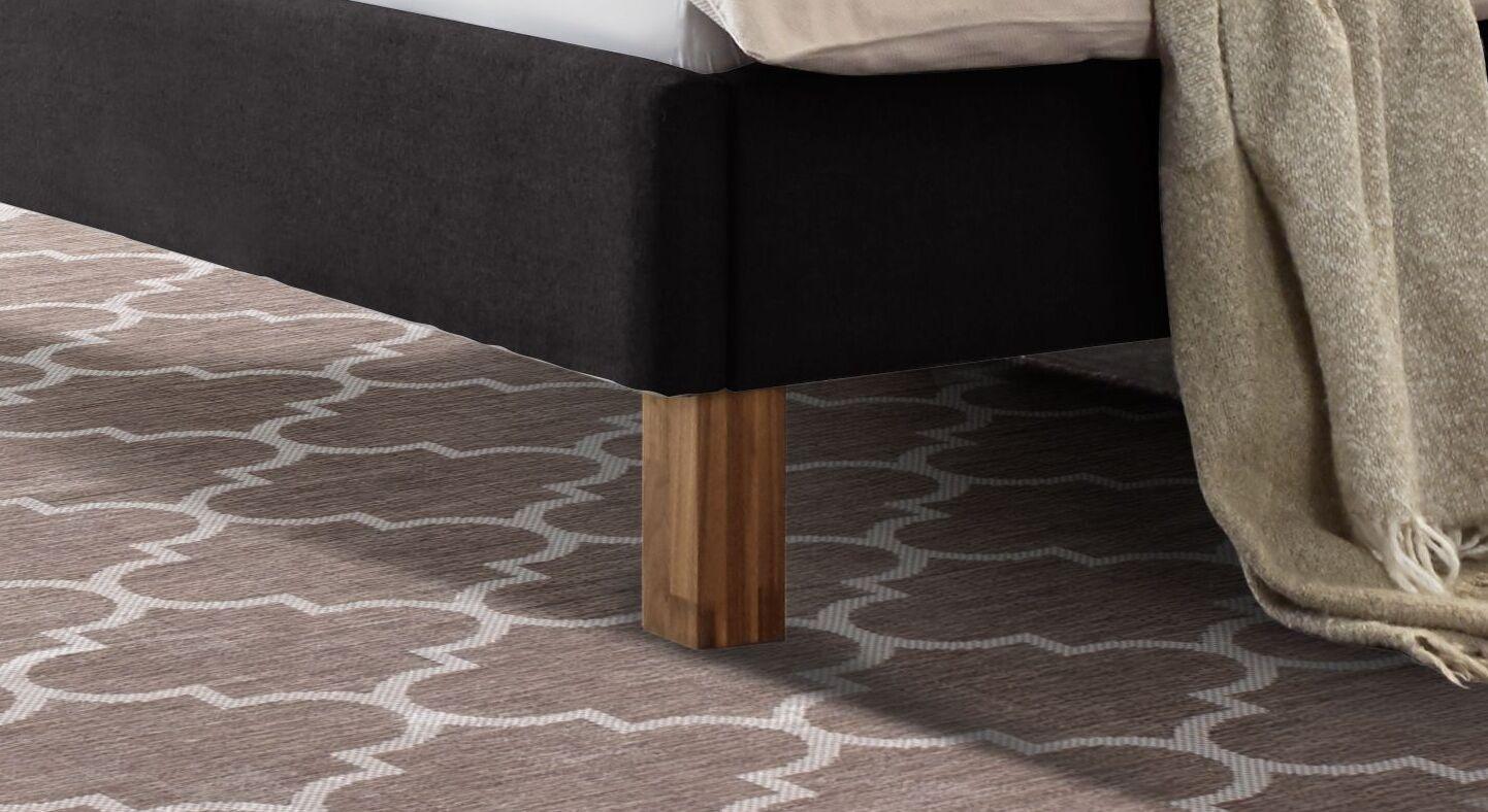 Bett Cassian mit massiven Holz-Blockfüßen