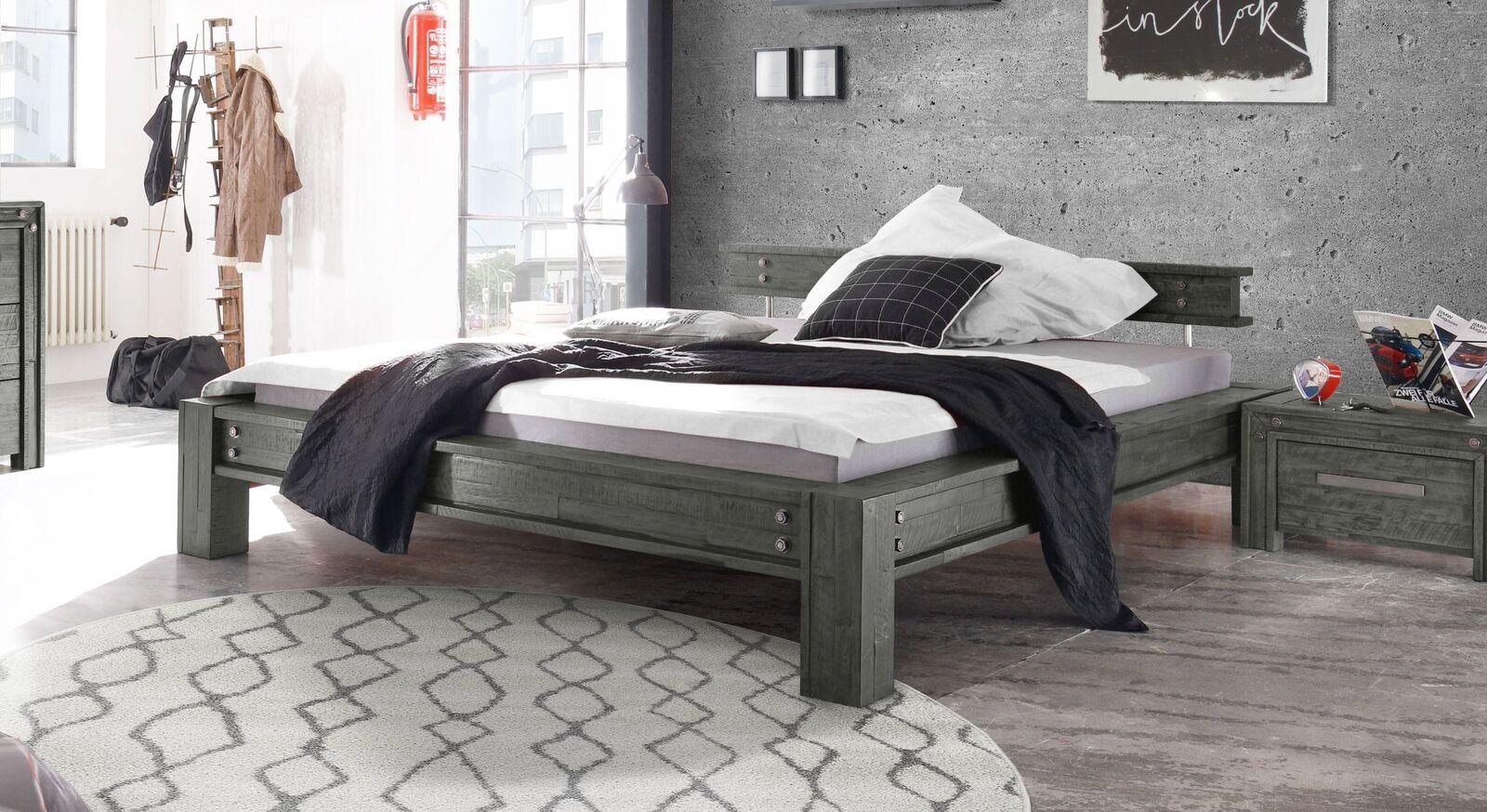 Trendiges Bett Centuri im Industrial-Look