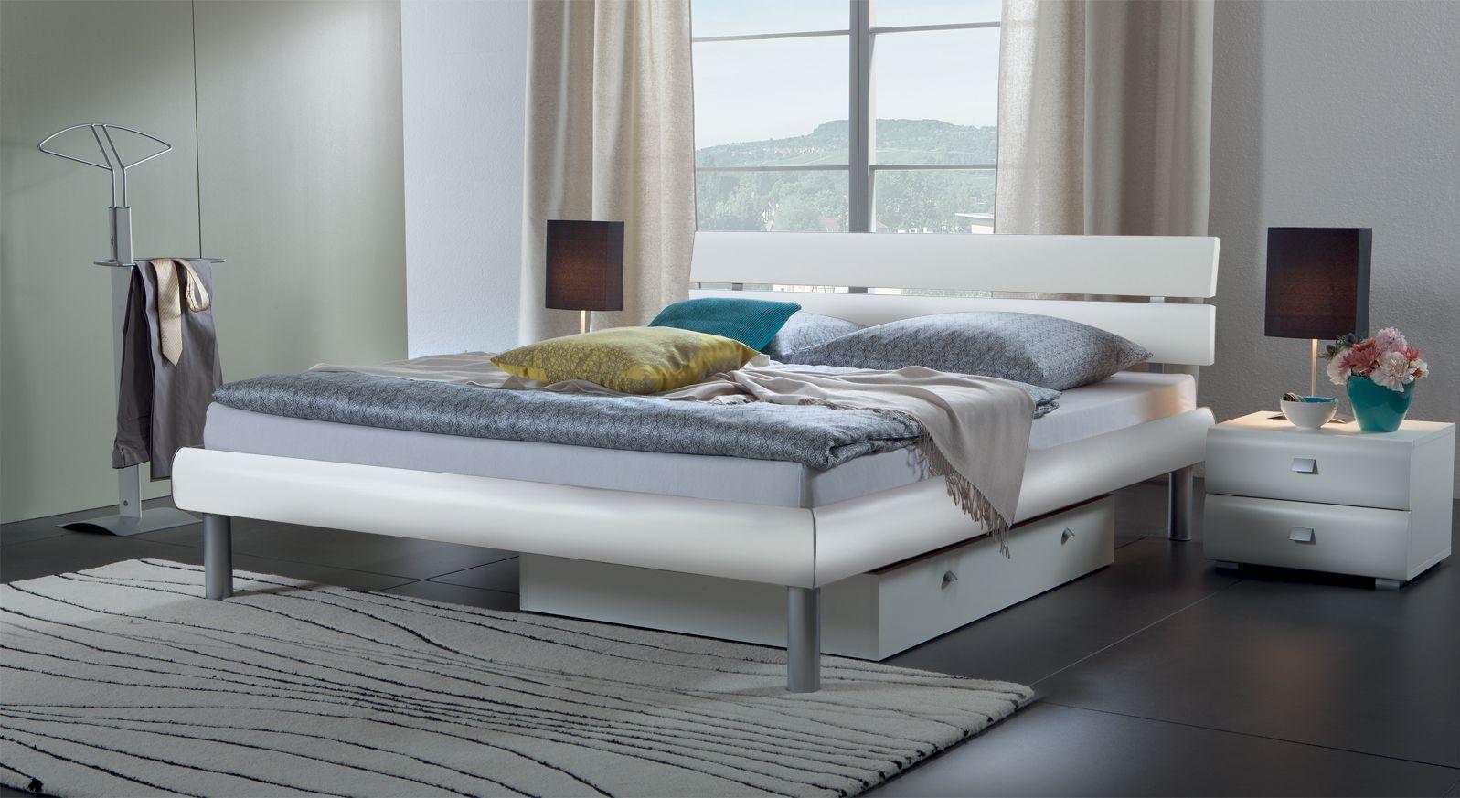 Bett Diego hochwertig in Weiß matt