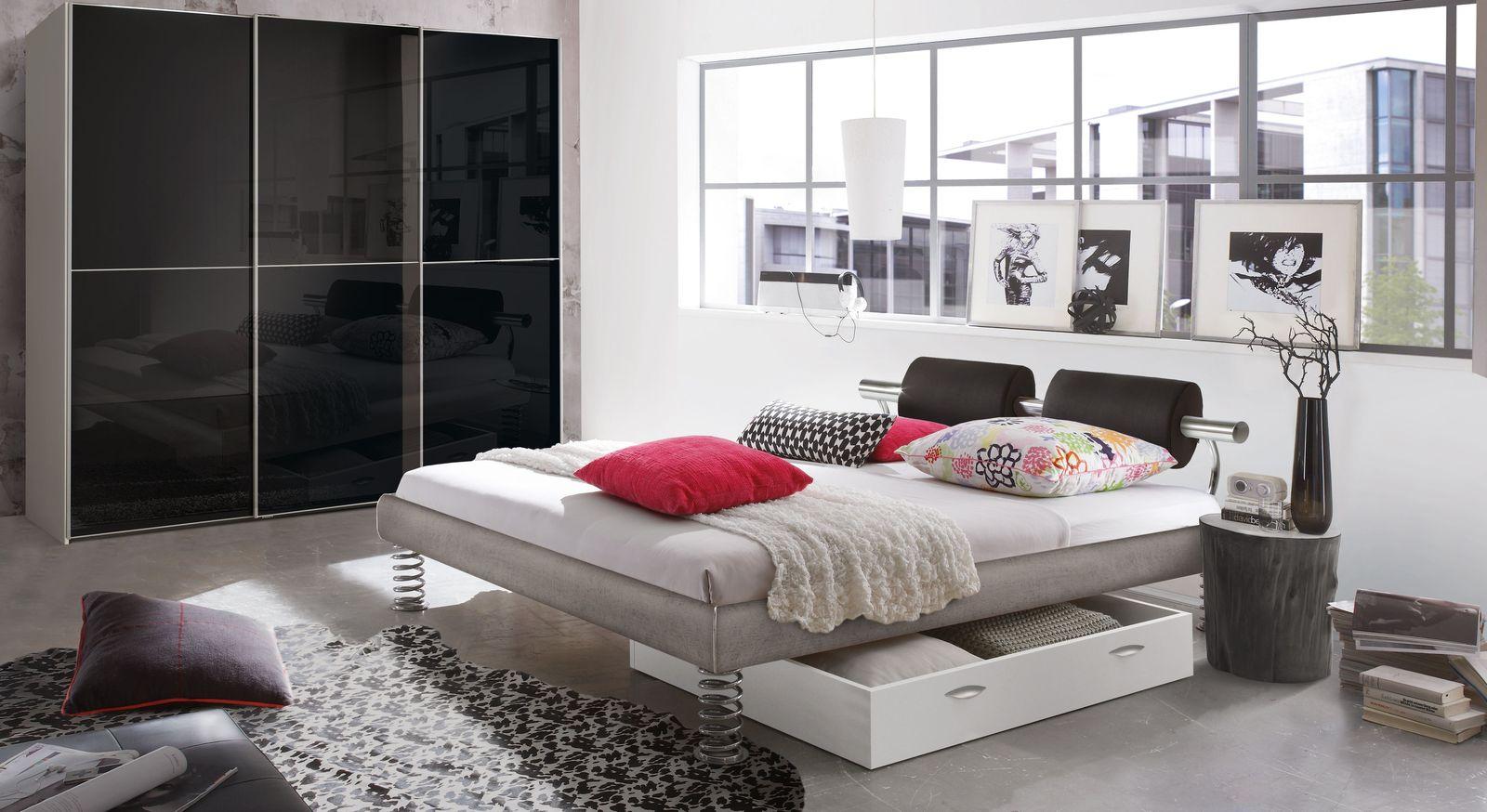 Bett Elastic mit passendem Schlafzimmer-Zubehör