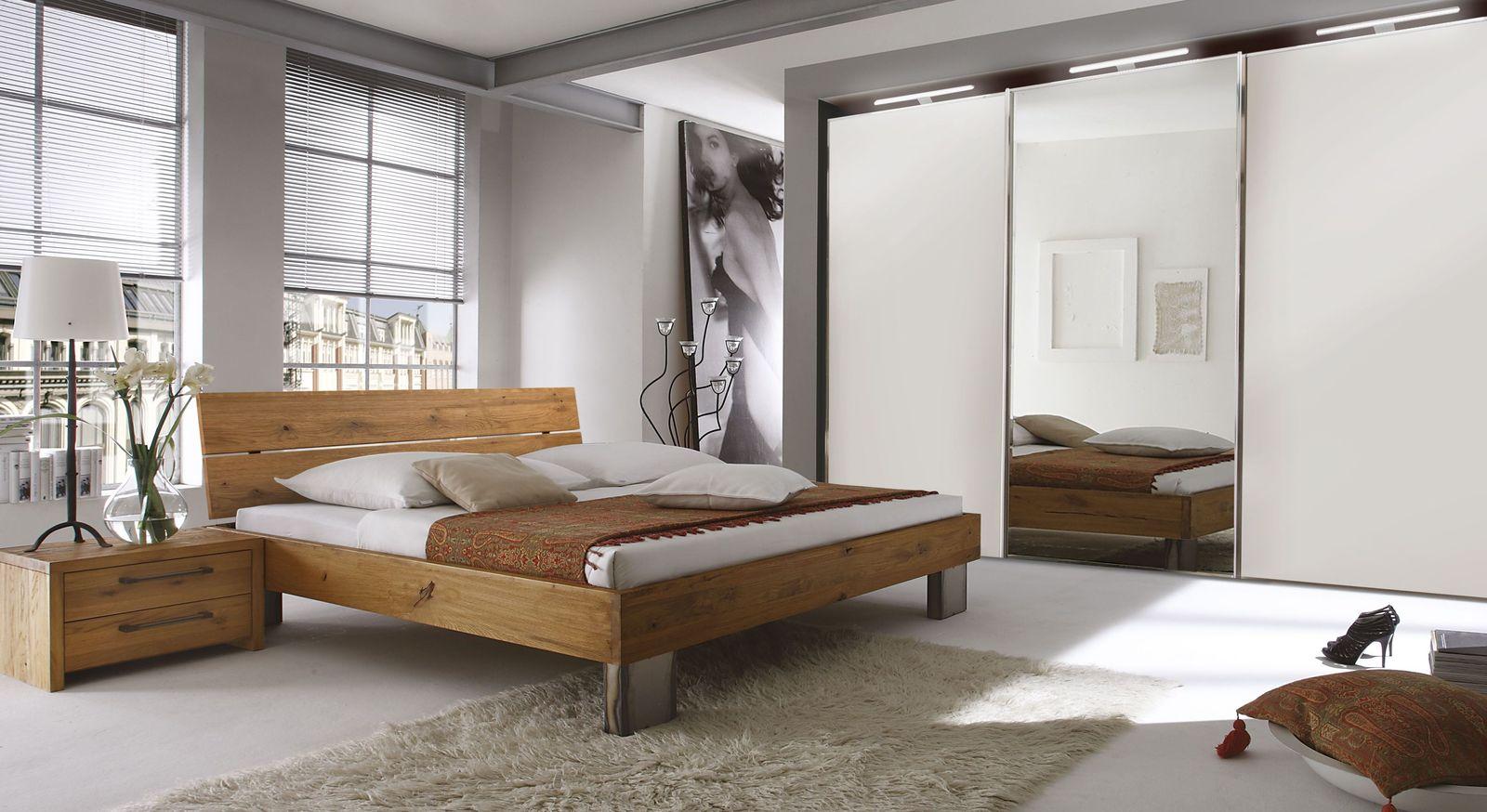 Bett Fuego mit passender Schlafzimmer-Ausstattung