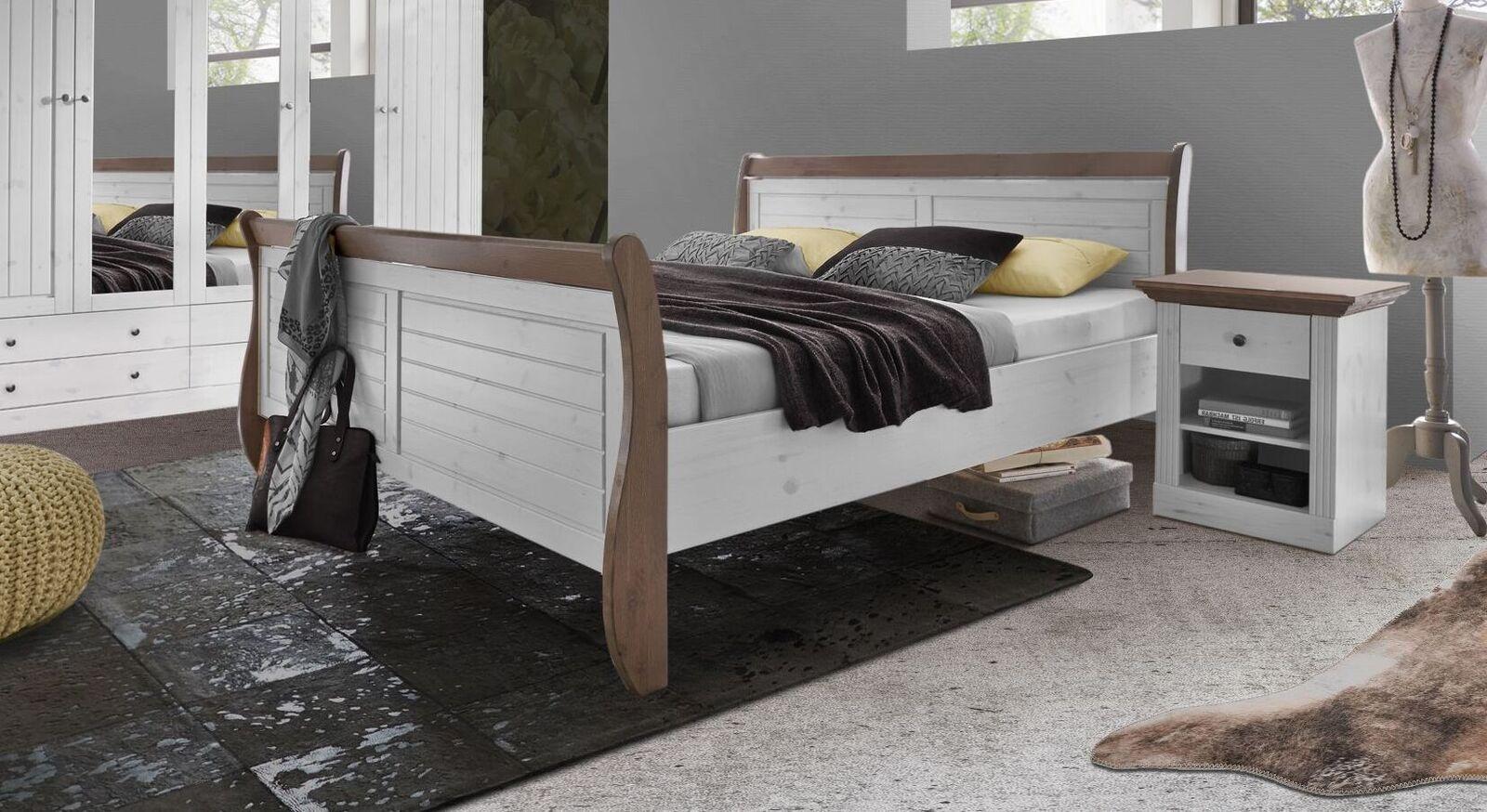 Bett Himal in rustikalem Landhausstil