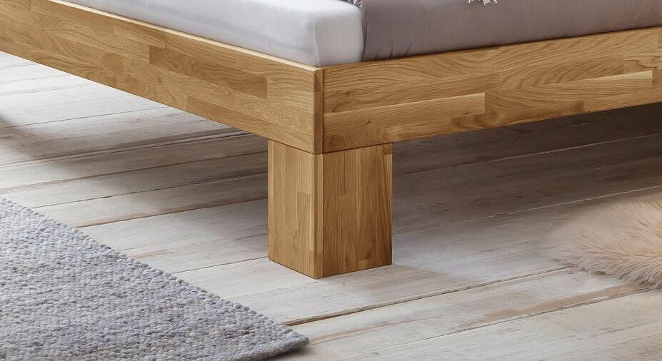 Bett Kanata mit stabilen Winkelfüßen