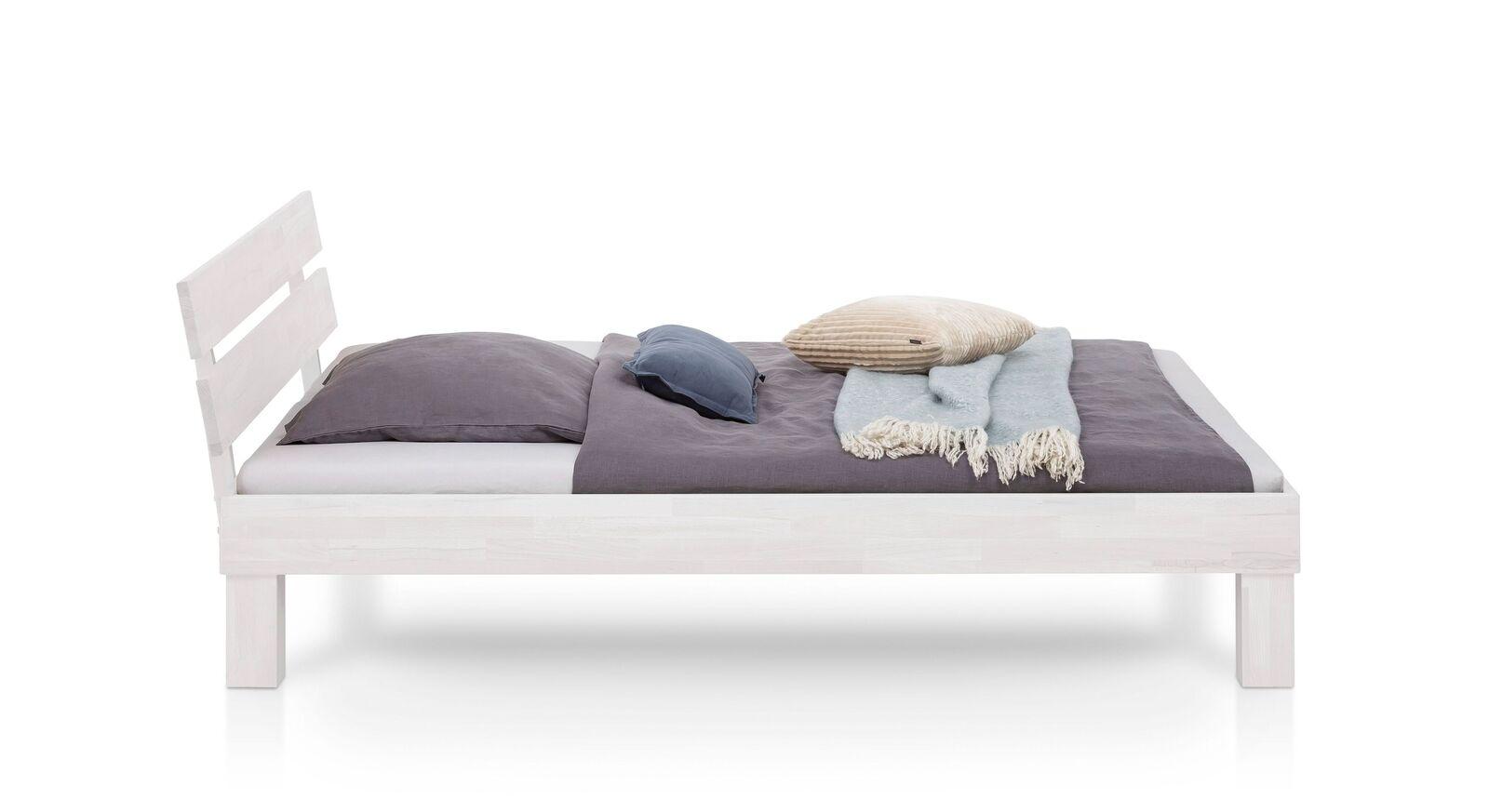 Bett Karmijn aus massivem Holz
