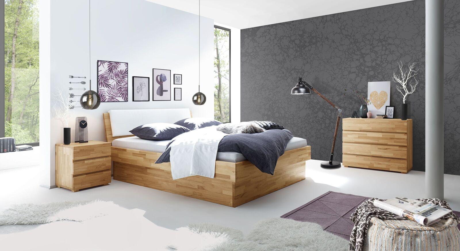 Bett Karuna mit passenden Schlafzimmer-Möbeln