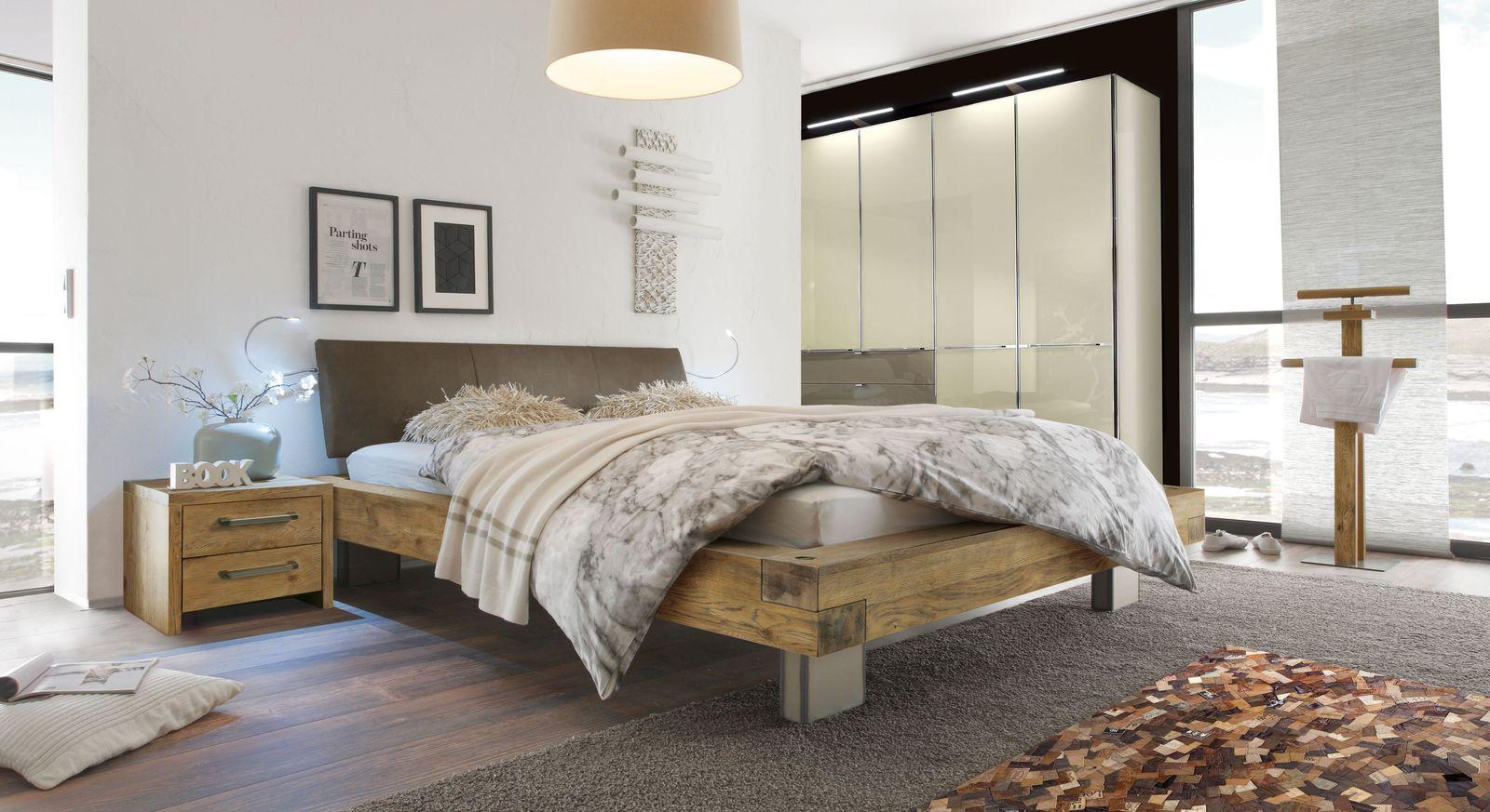 Passende Schlafzimmer-Accessoires zum Bett Limeira