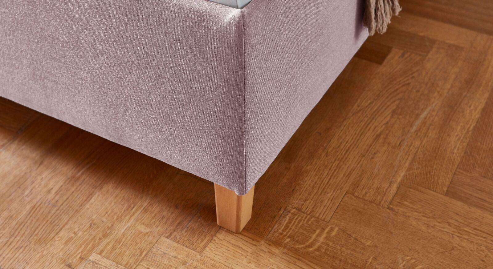 Bett Lusaka mit Füßen aus Buche-Massivholz