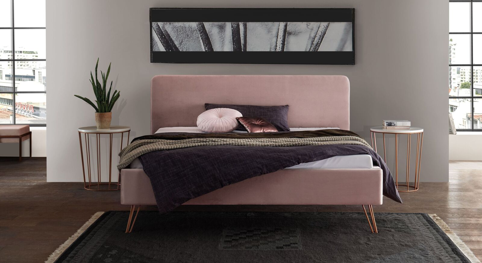 Bett Marfasia aus blushfarbenem Samt